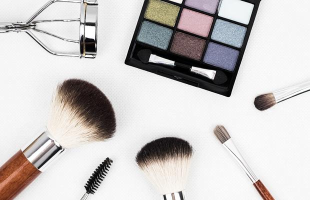 Como fazer Maquiagens Naturais e Veganas em casa