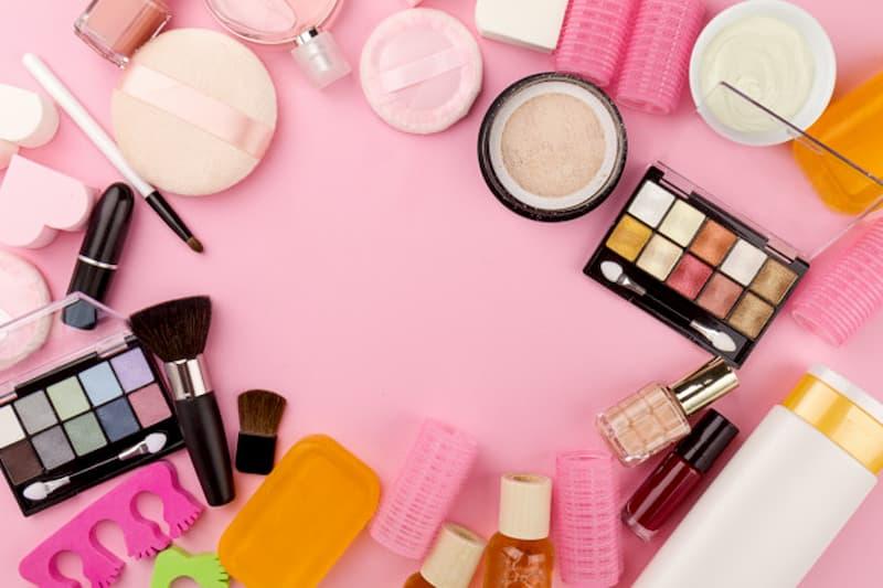 Como Fazer Maquiagem Profissional Em Casa